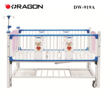 DW-919A Hospital movable children cot